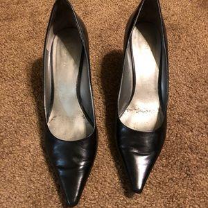 Black pumps Nine West 8.5, 2inch Heel